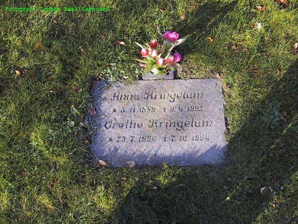 Gravesten-Mormor-og-Grethe-på-kirkegården-i-Hover_104